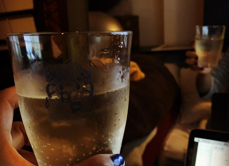 グラスと中身は一致しない。